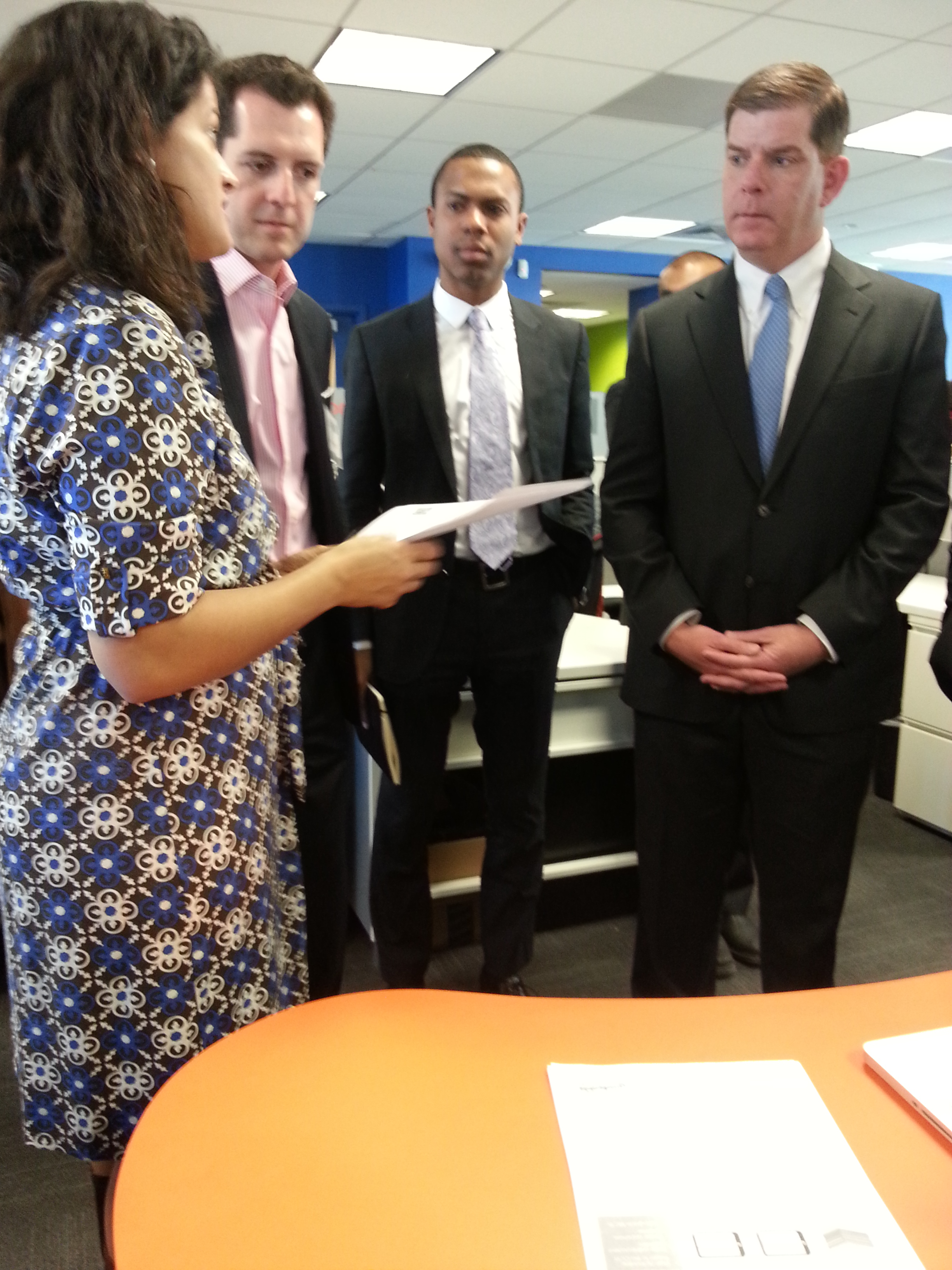 Gradeable founder Parul Singh explains our grading tool to Mayor Walsh